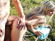 Outdoor porn videos – hot girls get nude and fuck in park and public places
