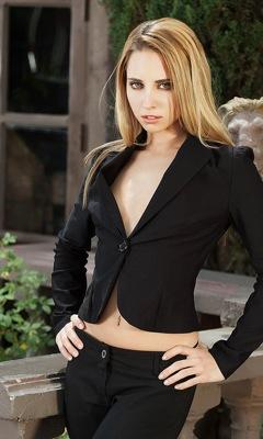 Lindsay Meadows