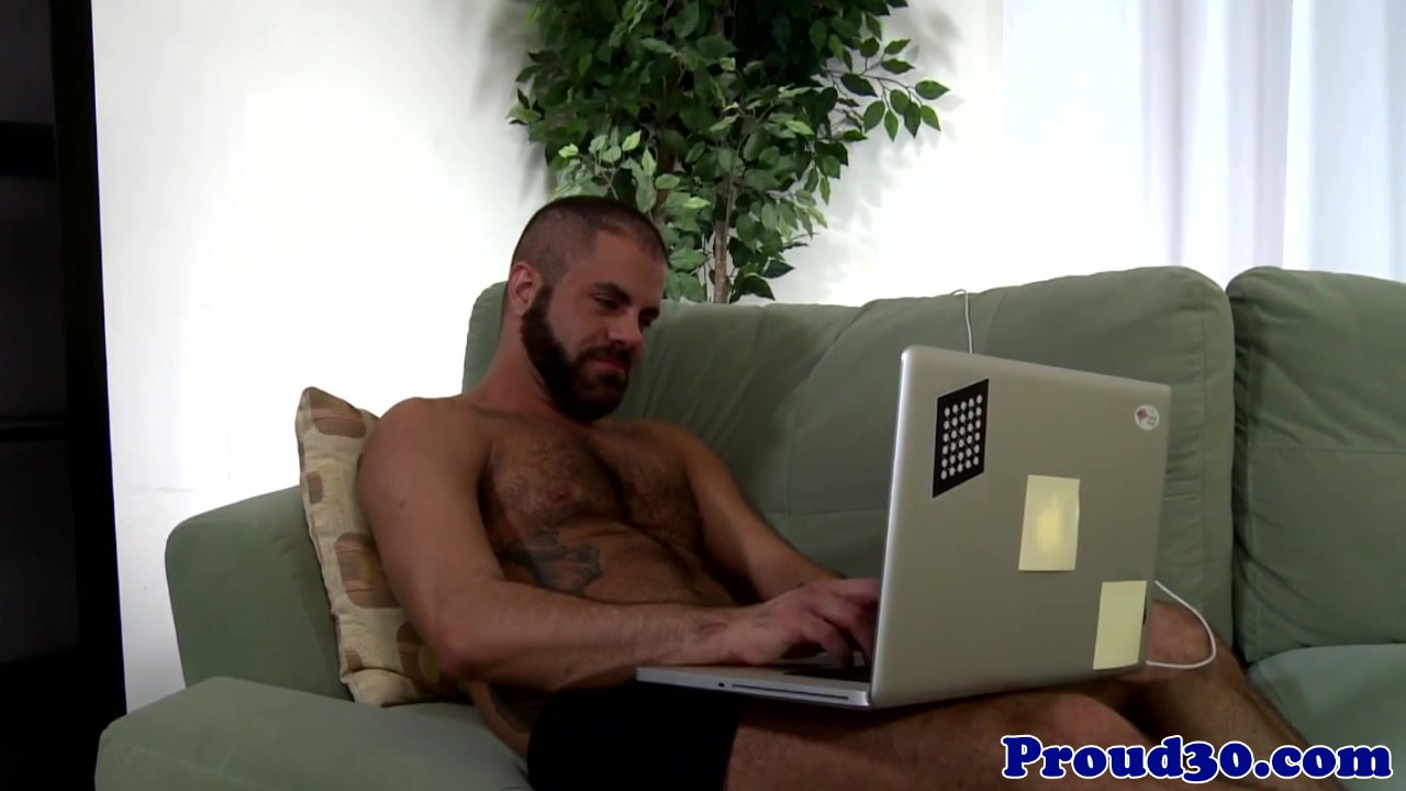 Seduced muscle assfucking underwear bear