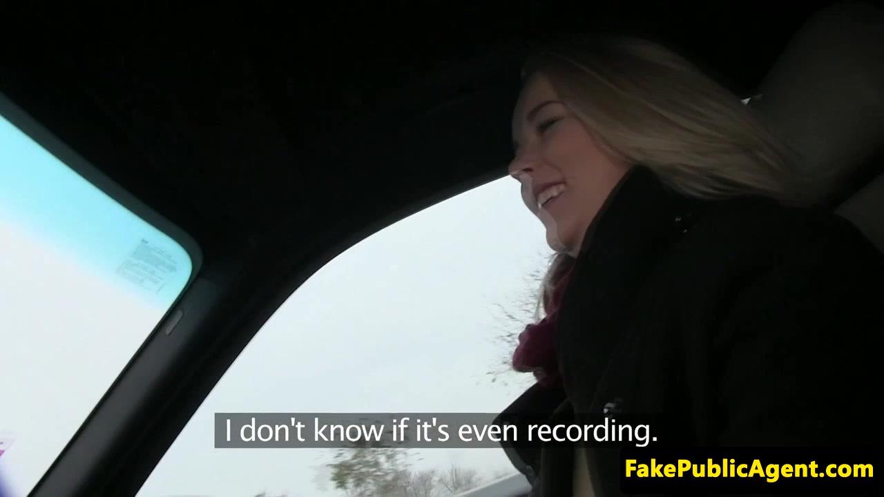 European hitchhiker cummed on after fucking
