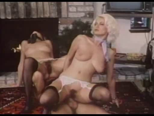 vintazh-onlayn-porno-filmi