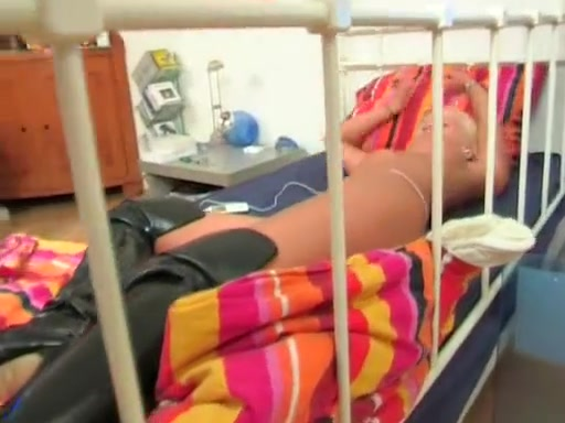 Video 114248904: straight handjob, bed handjob