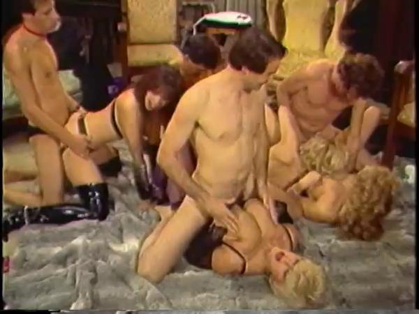 Фото порно в борделе
