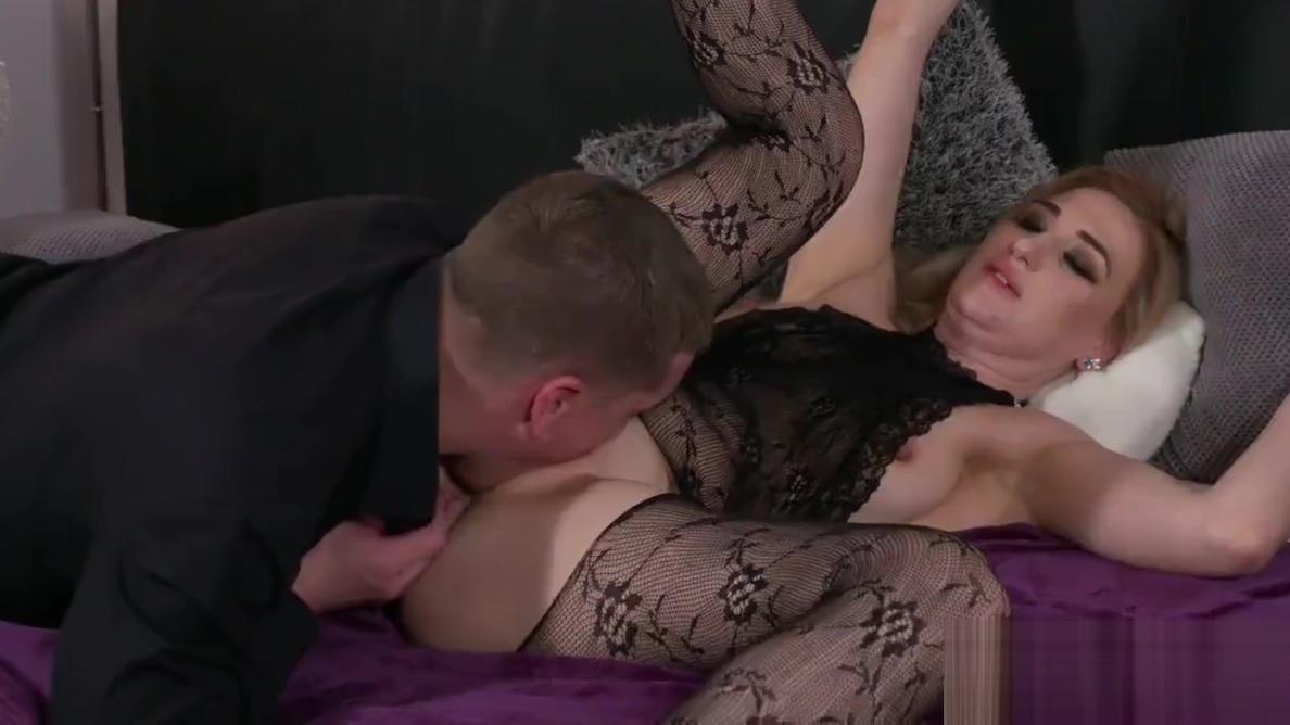 Video 884023404: milf mom squirting, squirting big tits milf, squirting rimming, deep throat rimming, milfs big tits wet, high heels deep throats, lingerie deep throats