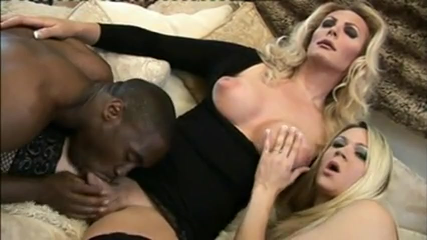 Hot interracial orgy is for your relaxation