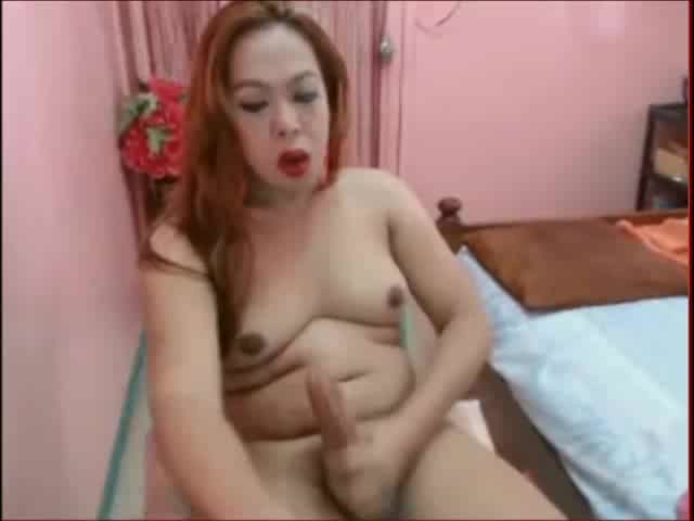 Shemale self suck and cum in mouth