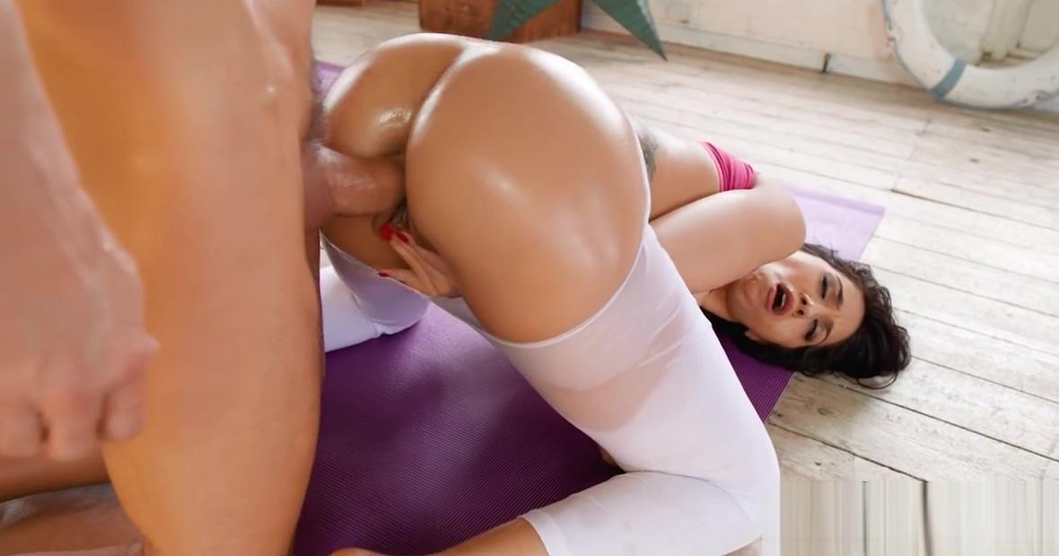Video 912190604: julia de lucia, ass fucking straight, brunette anal
