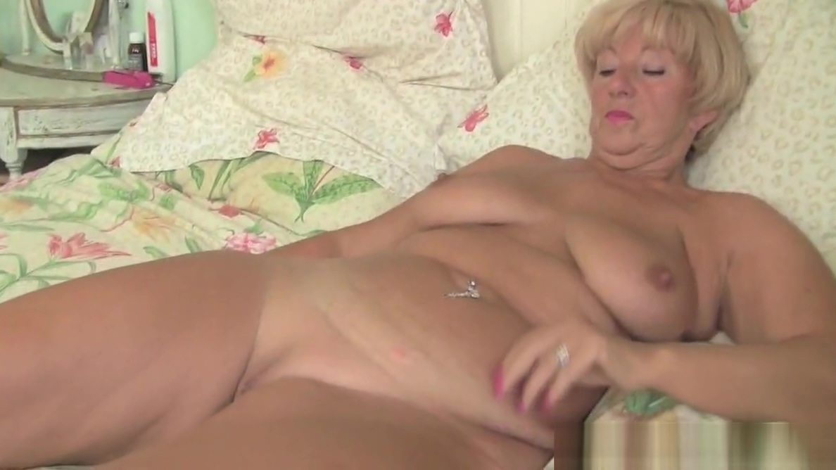 Video 917277104: granny old fingering, granny cougar, milf mature granny, granny cunt, english granny, british granny, forces old, granny hd