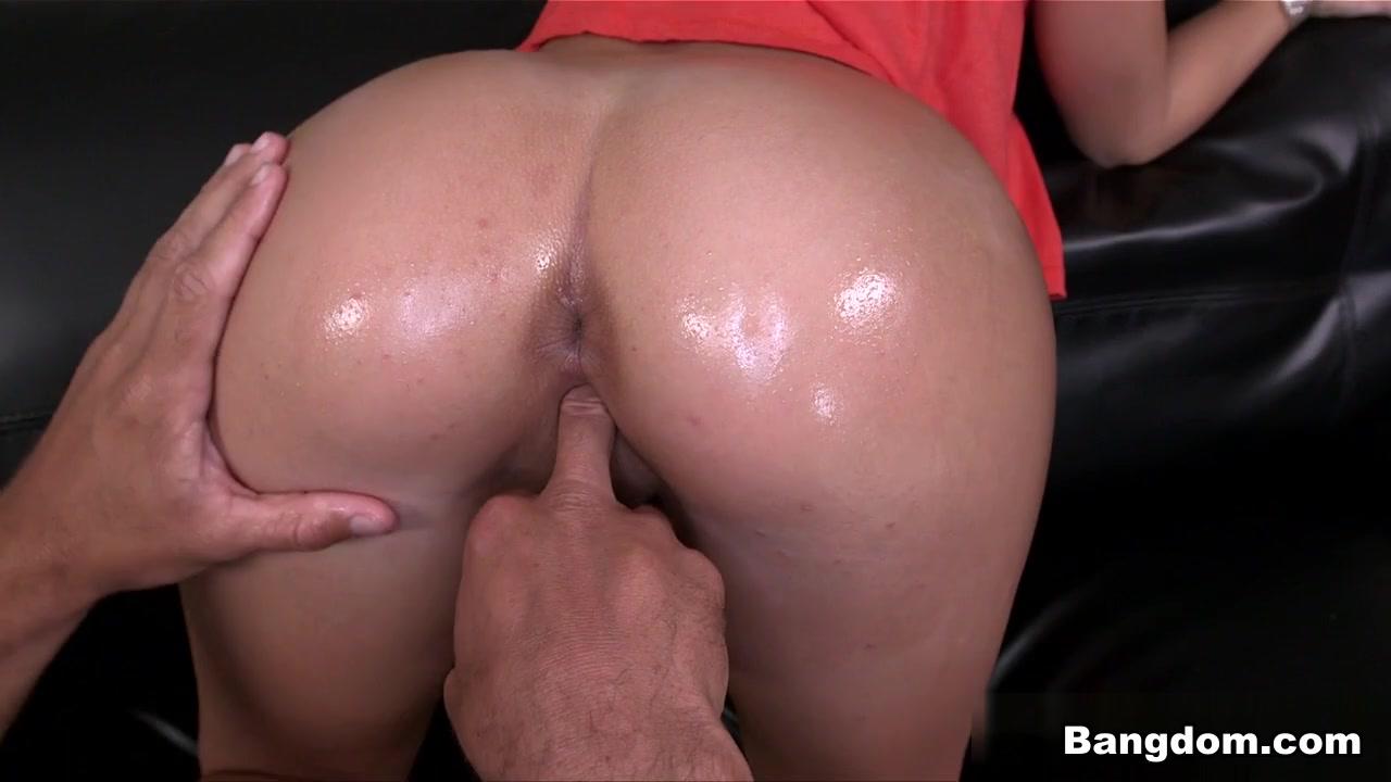 Kelly Diamond XXX in Sexy brunette tight asshole fucked Video