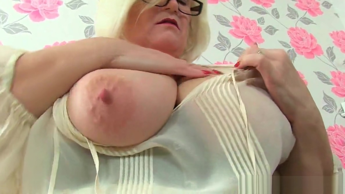 Video 1040668604: granny pussy fingering, granny old fingering, granny cougar, milf mature granny, fingering creamy pussy, old british granny