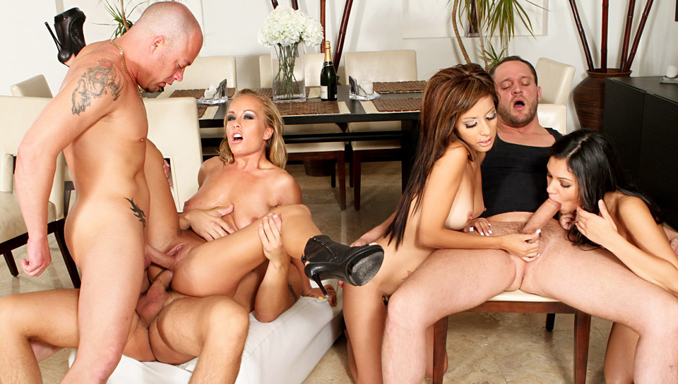 Jessica Moore, Adriana Kelly, Torrie Madison, Alex Knight, Jenner, Alex Gonz in Neighborhood Swingers #03, Scene #01