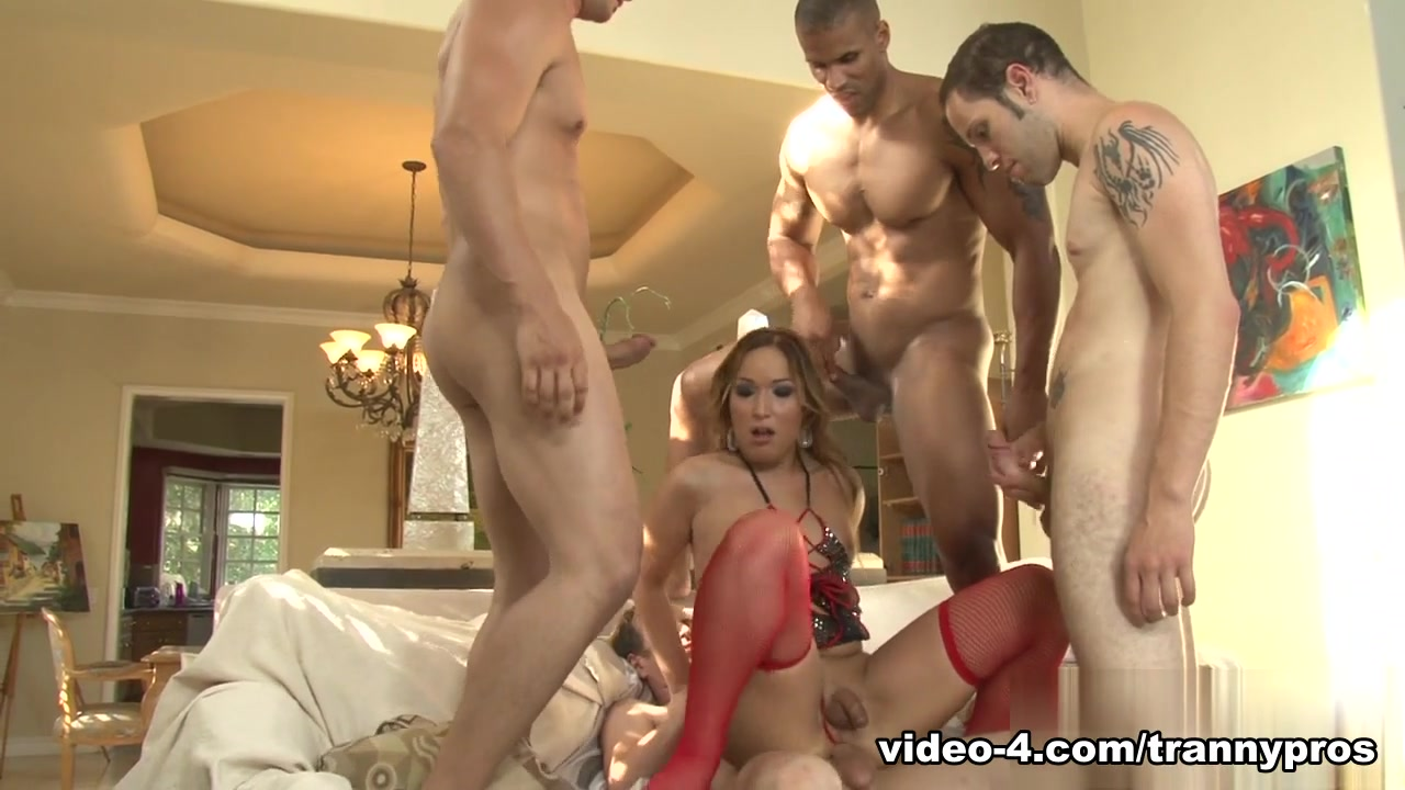 Wolf Hudson, Giovanni Francisco, Robert Axel, Chad Diamond in Transsexual Gang Bangers 17