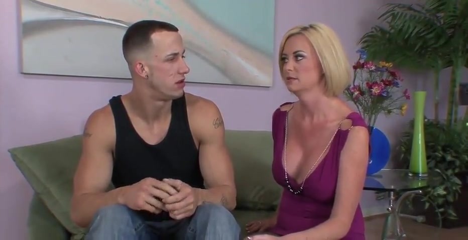blonde cougar with short hair blonde cougar fucking on the couch