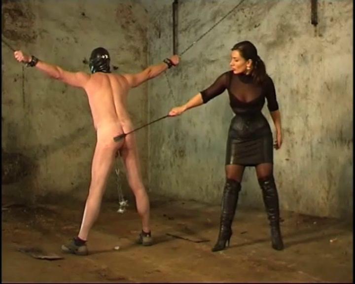 Порка рабыни онлайн
