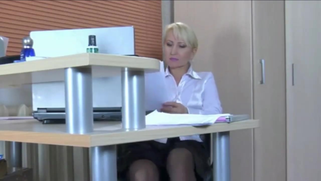 pretty blonde milf secretary downstairs needs a junior cock