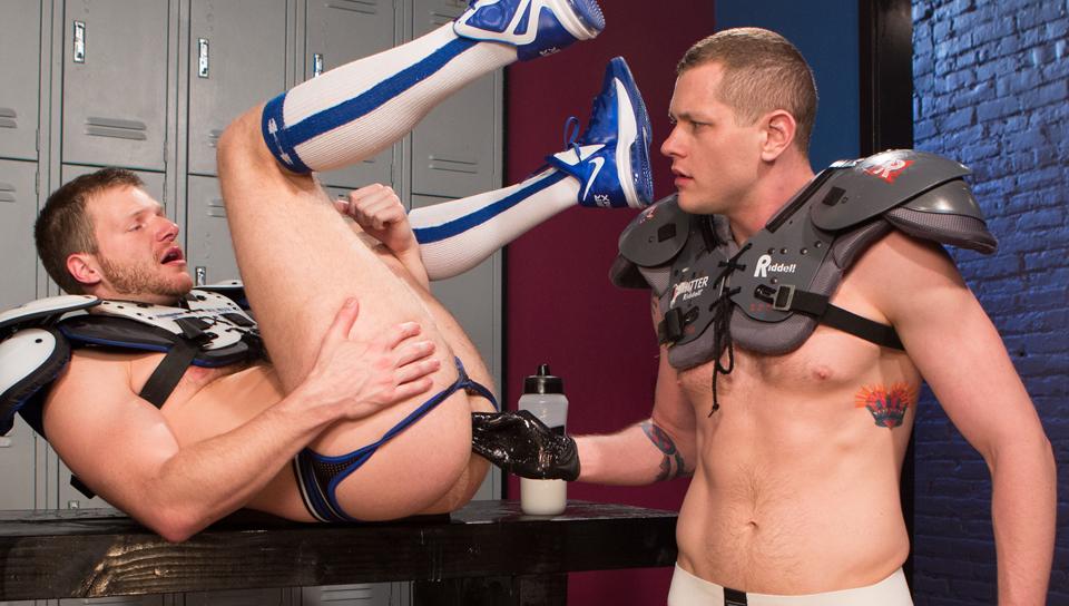 Brian Bonds & Blue Bailey in Butt Stuffers, Scene #03