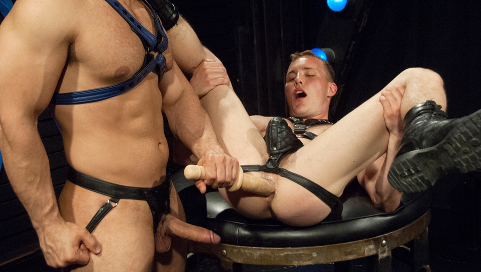 Alex Andrews & Marcus Ruhl in Hole Busters 10, Scene #02