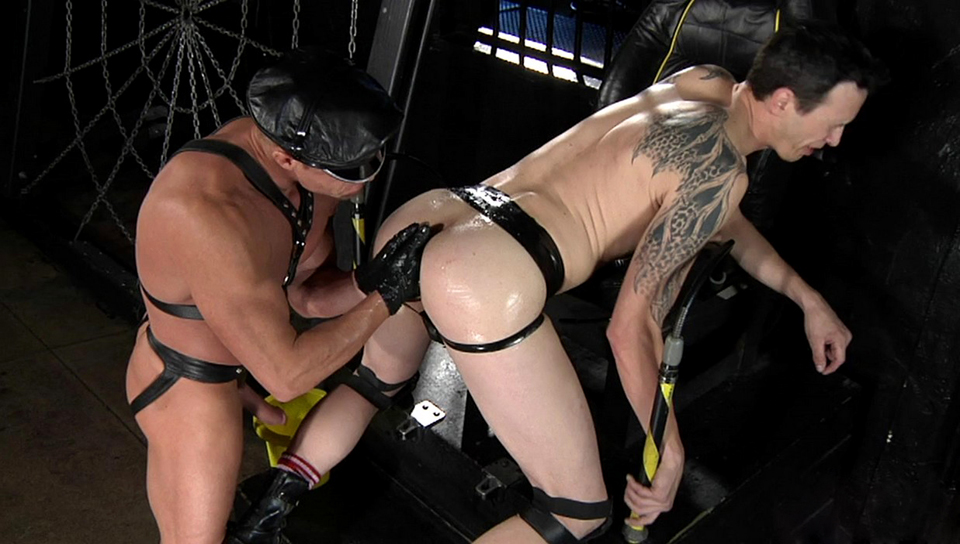 Derrick Paul & Tyler Saint in Spread Eagle, Scene #04