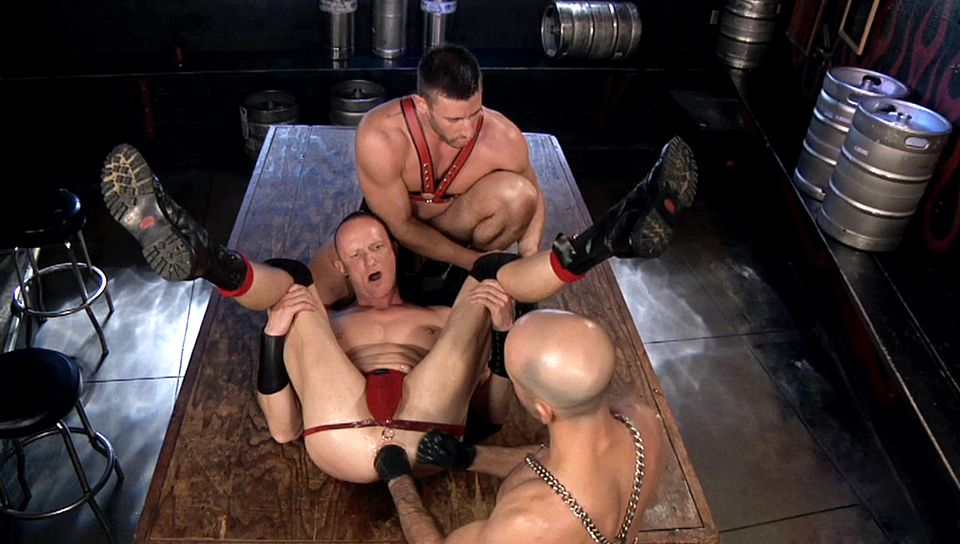 Adam Russo & Logan Scott & Mason Garet in Spread Eagle, Scene #03
