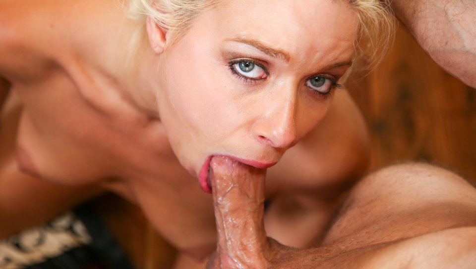 Troated Video: Anikka Albrite