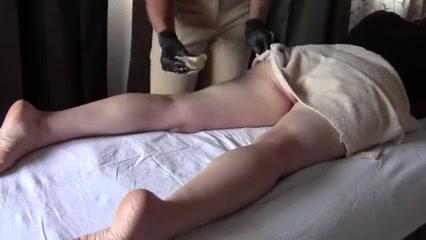 bikini waxing 2