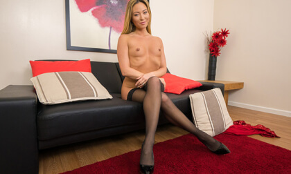 Video 1539463504: latex finger, latex porn, small tits fingering, blonde fingering masturbation, british latex, latex stockings, vr porn