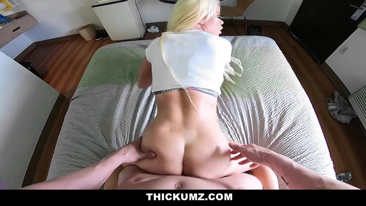 Video 1555833604: nikki delano, milf big ass tits, big ass blonde milf, milf tits outdoors