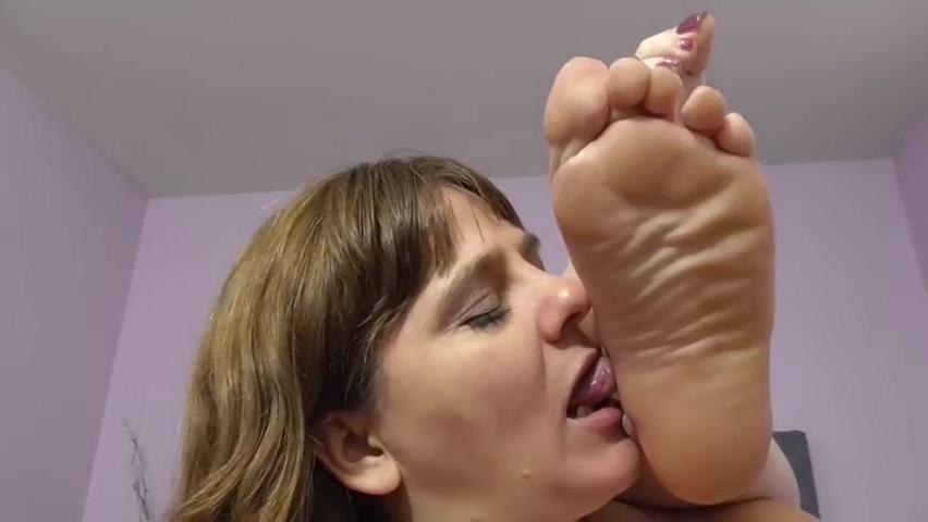 Video 1478354904: bbw feet worship, bbw foot fetish, milf bbw lesbians, bbw big tits lesbian, tits blonde milf lesbian