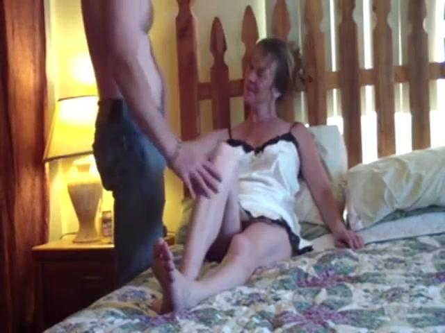 mature sitll woman fucking like a junior girl