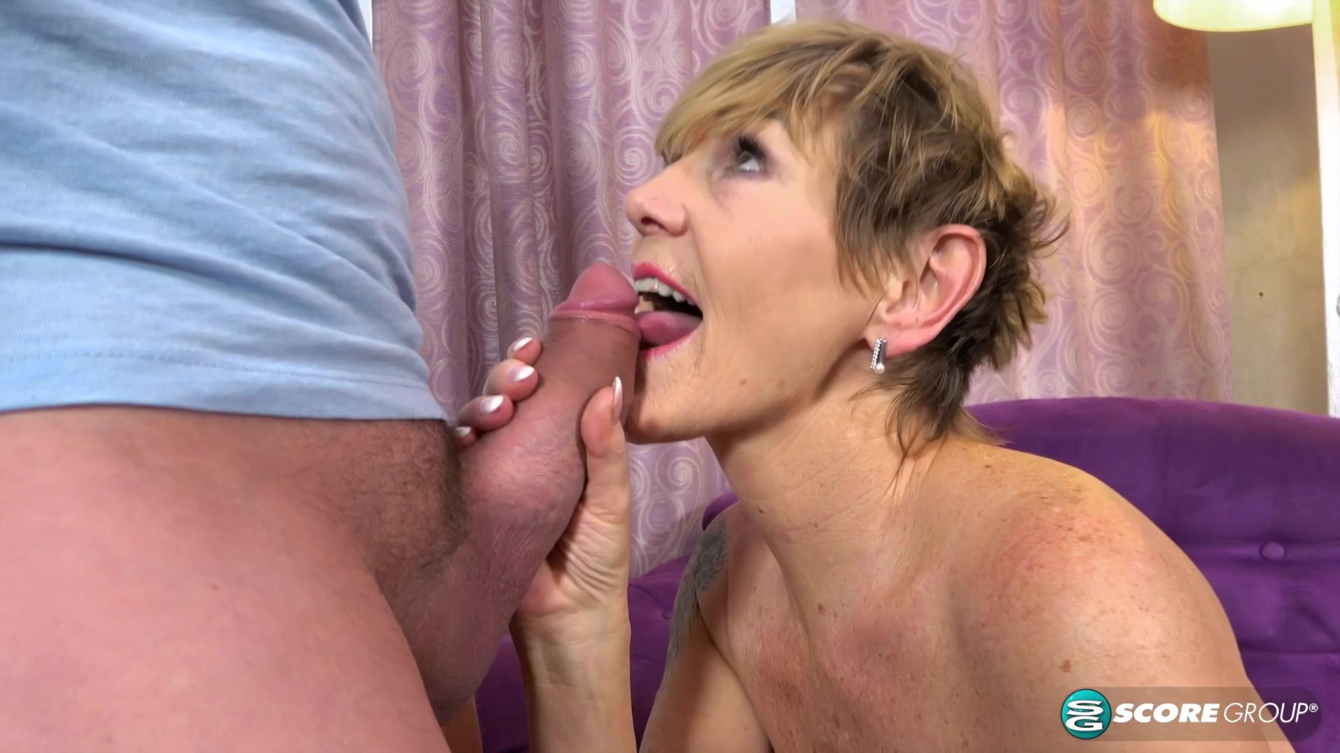 Video 1555280604: maggie green, big tits ass mature, big ass tits hd, big ass stockings
