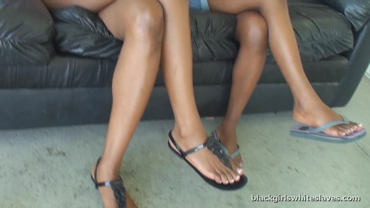 BlackGirlsWhiteSlaves: Foots Tool