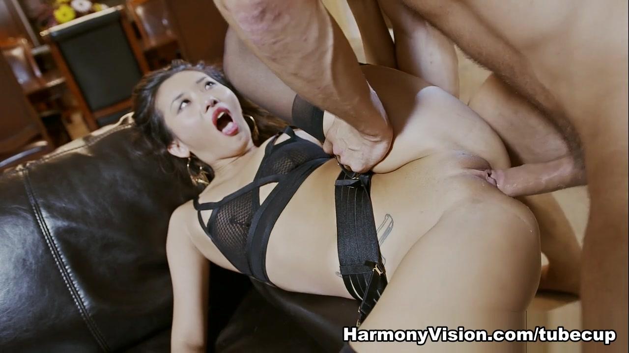 Alina Li in Cock Addict - HarmonyVision