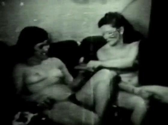 Retro Porn Archive Video: Golden Age Erotica 08 04