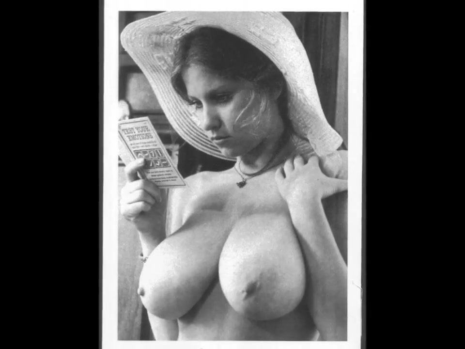 Huge Vintage Boobs Pictureshow with tragic song