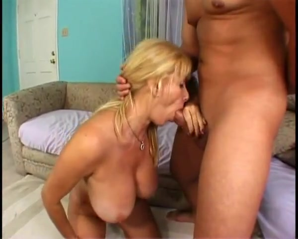 Classic Mature Big Tits Big Clit and Anal