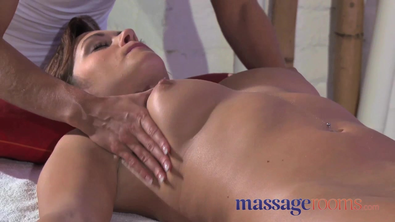 dizhestiv-seks-massazh