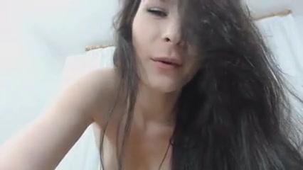 Horny Sexy Chick Sucks And Fucks Her Dildo