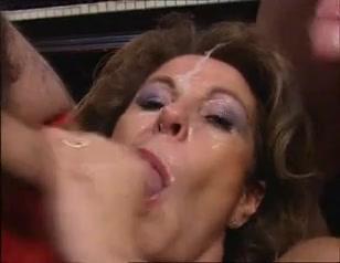 Hot bitches fucked during bukkake orgy