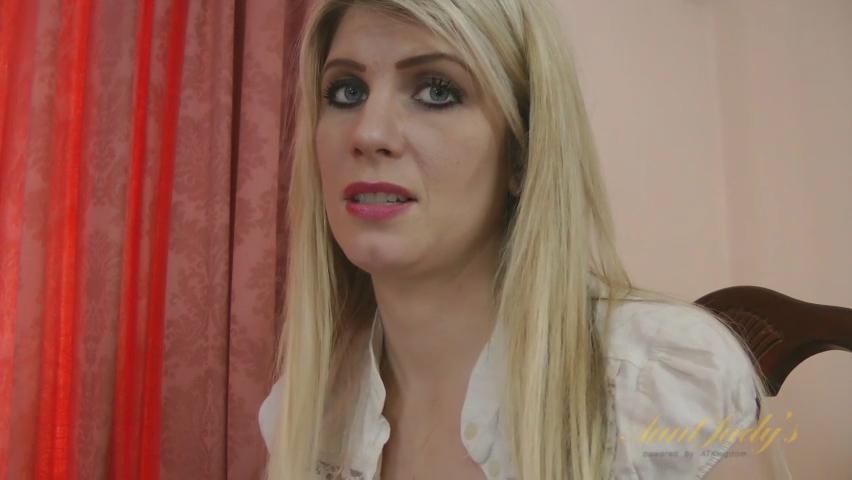 Ashleigh McKenzie in Amateur Movie - AuntJudys
