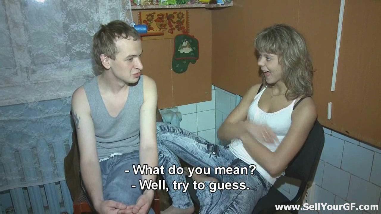 russkaya-perviy-raz-soset-chlen