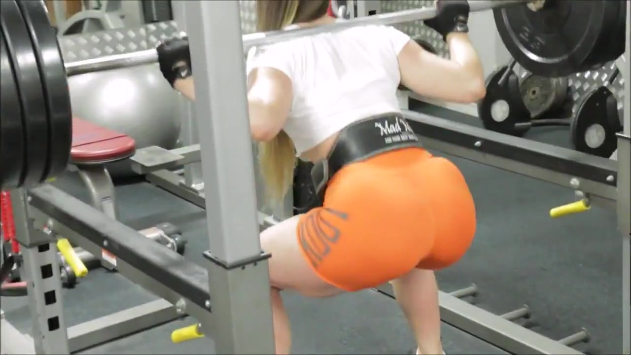 Yes!!! Fitness hot ASS hot CAMELTOE 40