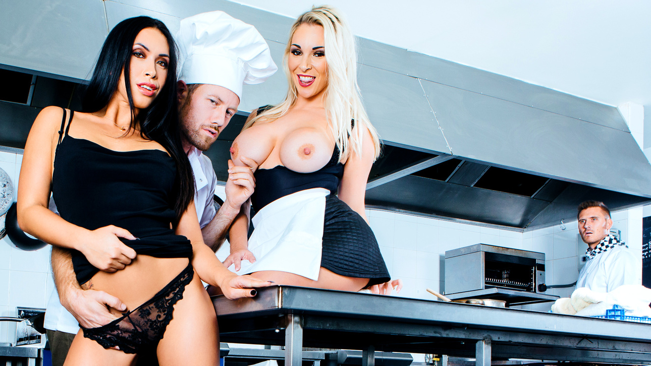 Freddy Fox, Hanna Shaw, Marc Rose, Ryan Ryderin Too Hot In The Kitchen - DigitalPlayground