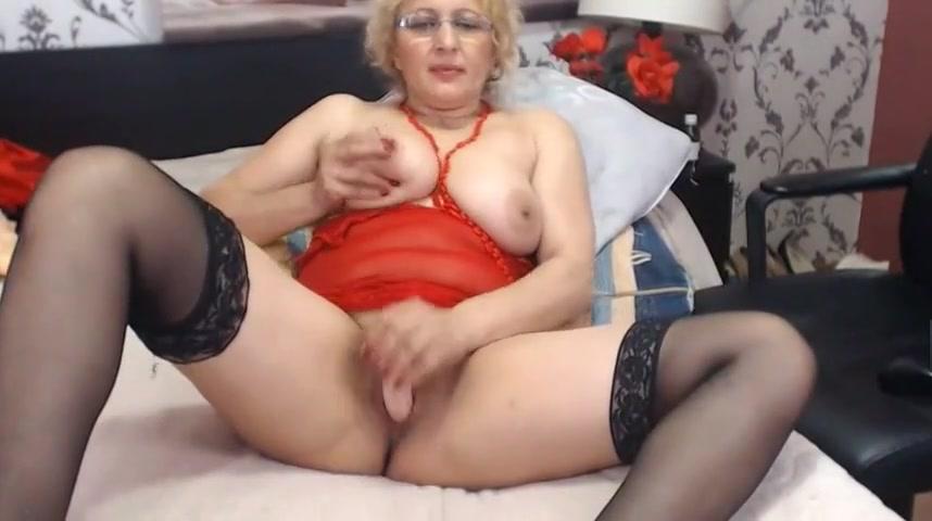 Mature Erotic bandicam 2016-06-05 20-38-28-656.
