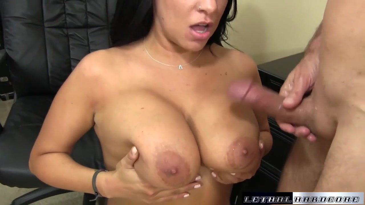 lacie james seduces a friend with her big tits and her wet pussy - lethalhardcore