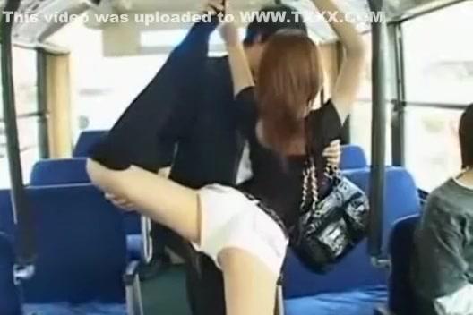 handjob in japanese bus № 738918
