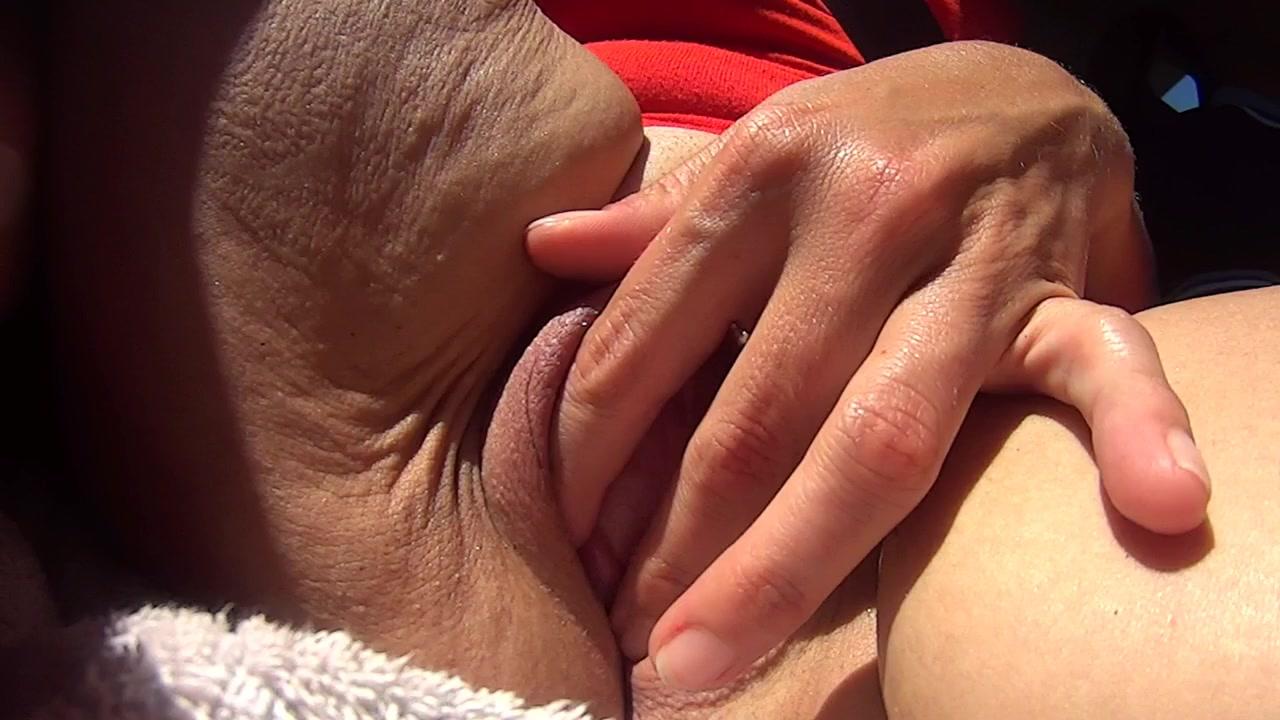 Son homme conduit stephanie se masturbe