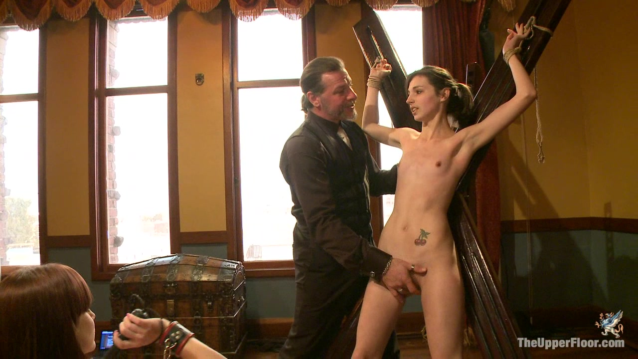 Kelly wells anal free