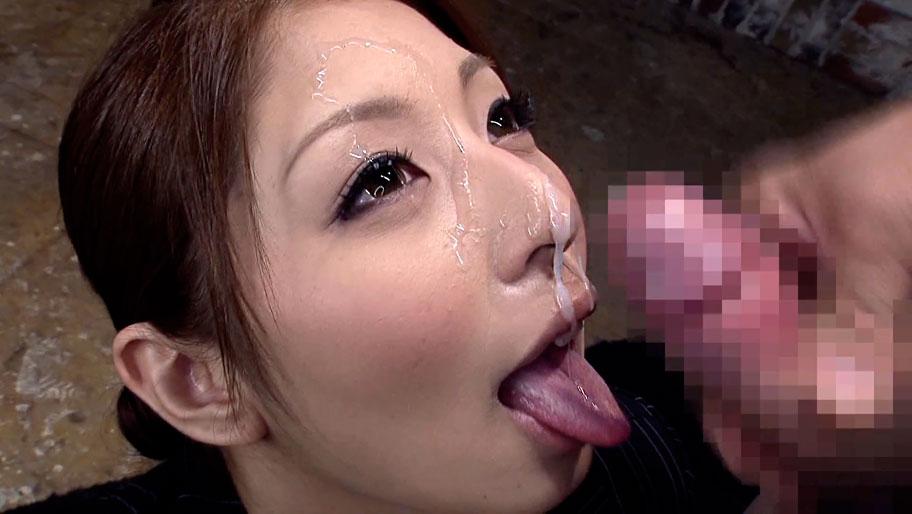 Sayuri Kotose in Business Woman Bukkake - MilfsInJapan