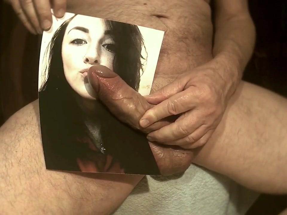 Tribute for - Schlampe bekommt Sperma