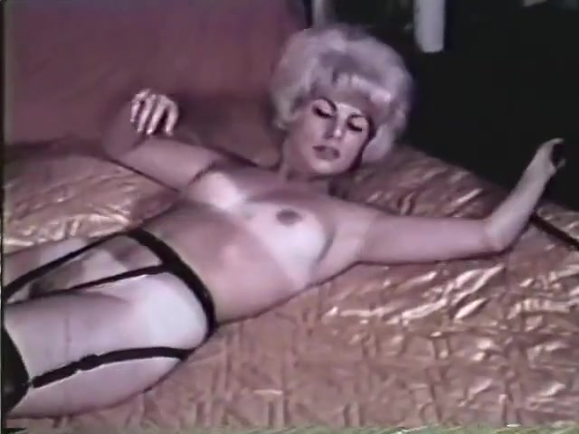 Busty marilyn video